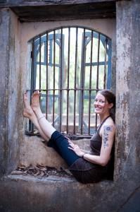 JennieYogaGoa2011-88LR-199x300